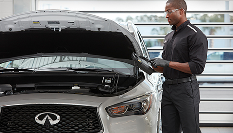 TRUST YOUR INFINITI TO OUR TECHNICIANS